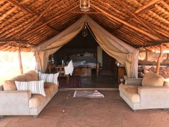 Tent option 3 (en suite)